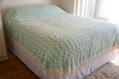 Minty Vintage Chenille Bedspread